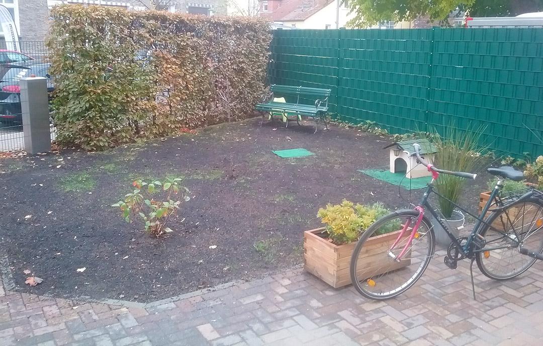 Vorgarten nach der Gartenaktion in der Kita Schwielowsee. Steppke e.V.